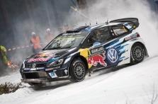 """<span style=""""background:#000000; color:white; padding: 0 2px"""">WRC</span> Pirmąją Švedijos ralio dieną greičiausias S. Ogier"""
