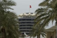 Bahreine iš sirgalių reikalaus pažymos