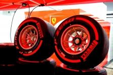 """""""Pirelli"""" laukia vieno sustojimo boksuose"""