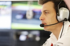 T. Wolffas: mes pasiūlėme Rosbergui ilgalaikį kontraktą