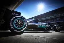 """""""Pirelli"""" paskelbė, kokias padangas komandos naudos Malaizijoje"""