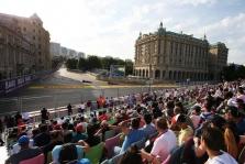 Azerbaidžano GP: penktadienio treniruotė Nr.1