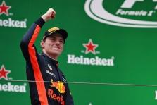 Malaizijoje - pirmoji šiemet M. Verstappeno pergalė