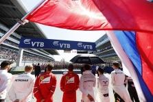 FIA pakoregavo starto rikiuotės procedūrą