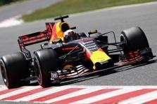 """D. Ricciardo Austrijoje tikisi kovoti su """"Ferrari"""""""
