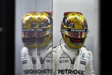 L. Hamiltonas po incidento Baku trasoje įspėjo S. Vettelį