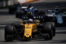 """""""Renault"""" bosas paneigė gandus, kad  J. Palmeris gali būti pakeistas C. Sainzu"""