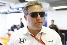 """Z. Brownas: yra kelios komandos, kurios """"Formulei-1"""" kelia didelę riziką"""