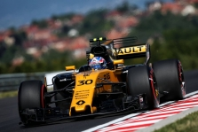 """""""Renault"""" svarsto pasilikti J. Palmerį ir kitam sezonui"""