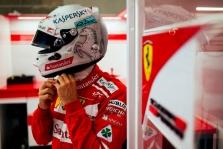J. Villeneuve'as: S. Vettelis dėl avarijos Singapūre gali kaltinti tik save