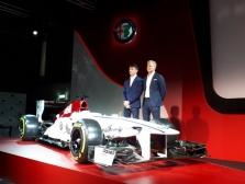 """2018 m. """"Sauber"""" ekipai atstovaus M. Ericssonas ir C. Leclercas"""