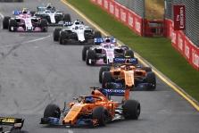 """""""McLaren"""" nori, kad būtų suvienodintas komandų pajėgumas"""