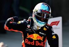 M. Brundle'as: Ricciardo galėtų pakeisti Hamiltoną