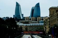 Azerbaidžano GP: pirmoji treniruotė atšaukta