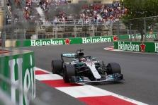 Įvykių kupinose lenktynėse Azerbaidžane - L. Hamiltono triumfas