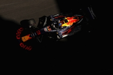 """""""Red Bull"""" Kanadoje gali negauti patobulinto """"Renault"""" variklio"""