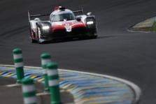 """WEC. Silverstoune - trečioji iš eilės """"Toyota"""" ir F. Alonso pergalė"""
