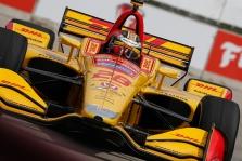 "<span style=""background:#3f3f3f; color:white; padding: 0 2px"">IndyCar</span> Suklydęs A. Rossi Detroite padovanojo pergalę R. H.-Reay'ui"