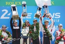 "WEC. Le Mane triumfavo ""Toyota"", F. Alonso nugalėjo debiutinėse lenktynėse"