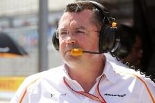"""E. Boullier: """"Honda"""" nebuvo pasiruošusi tokiai sudėtingai užduočiai"""
