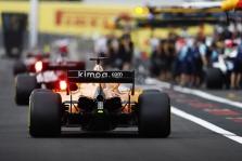 """Z. Brownas: """"McLaren"""" problema – aerodinamikoje"""