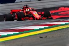 C. Whitingas: S. Vettelis Ostine padarė paprastą klaidą