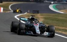 """T. Wolffas: """"Mercedes"""" turi greičiausią bolidą"""