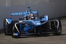 """FE. Paskutines sezono lenktynes iš """"pole"""" pozicijos pradės S. Buemi"""