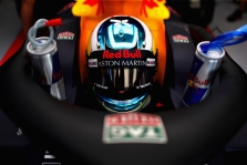 D. Ricciardo geriau pasirodyti kvalifikacijoje sutrukdė L. Strollas