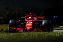 S. Vettelio rekordą pagerinęs A. Giovinazzi – greičiausias pirmąją bandymų dieną