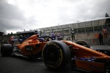 F. Alonso: sunku suvokti, kaip taip gali neapskaičiuoti stabdymo taško