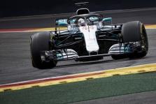 """L. Hamiltonas: """"Ferrari"""" buvo šiek tiek greitesnė"""