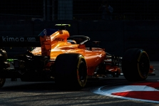 """Naujuosius variklius užvedė """"Ferrari"""" ir """"McLaren"""" komandos"""