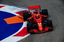 "S. Vettelis: ""Ferrari"" artėja link ""Mercedes"""