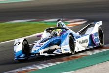 """<span style=""""background:#009696; color:white; padding: 0 2px"""">FE</span> Pirmąją bandymų dieną greičiausias BMW pilotas A. Simsas"""