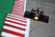 D. Ricciardo bus skirta starto pozicijų bauda