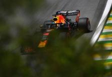 D. Coulthardas: D. Riccardo laiku pakeitė komandą