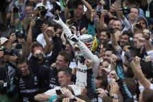 J. Buttonas: L. Hamiltonas nesieks pagerinti M. Schumacherio rekordų