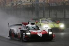 """WEC. Ne kartą sustabdytose lenktynėse Kinijoje pergalę iškovojo """"Toyota"""""""