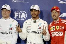 F-1 pilotai geriausiu metų lenktynininku išrinko L. Hamiltoną