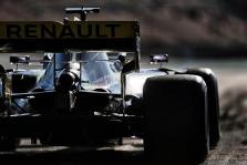 """""""Renault"""" išsprendė galinio sparno problemą"""