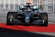 """Mercedes"" patenkinta naujuoju bolidu"