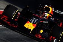 """C. Horneris: """"Red Bull"""" sumažino atsilikimą nuo """"Ferrari"""" ir """"Mercedes"""""""