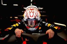 """""""Red Bull"""" leido M. Verstappenui naudoti kito gamintojo šalmą"""