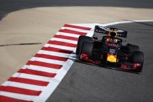 Pirmąją bandymų Bahreine dieną pirmavo M. Verstappenas