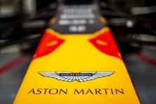 """Mercedes"" priklausys 20% ""Aston Martin"" akcijų"