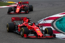 "T. Wolffas: ""Ferrari"" sprendimai pravėrė skardinę pilną kirminų"