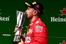 S. Vettelis - daugiausiai pinigų F-1 komandoms uždirbęs pilotas