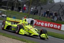 """<span style=""""background:#3f3f3f; color:white; padding: 0 2px"""">IndyCar</span> Permainingu oru Indianapolyje vykusiose lenktynėse triumfavo S. Pagenaud"""