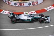 """M. Hughesas: """"Mercedes"""" Monake bus labai greiti"""